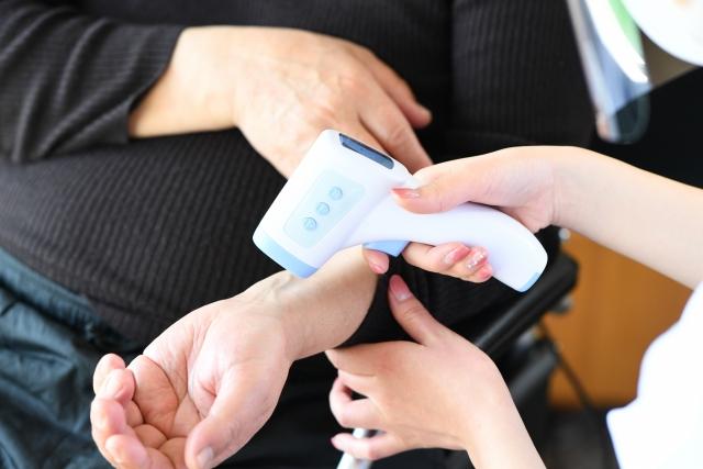 \高時給1350円☆4月頃開始のコロナウイルスワクチン接種に関する業務をお任せします☆/ イメージ